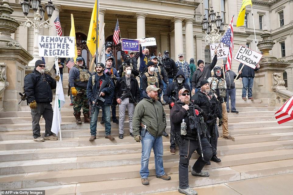 """Americanii se revoltă: """"Securitate fără libertate se numește pușcărie"""""""