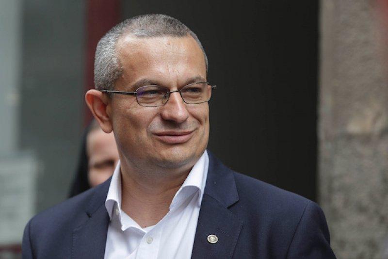 """Radu Banciu către Csaba Asztalos: """" Nu vi se pare că ați sancționat iarăși doar forma, și nu fondul?"""""""