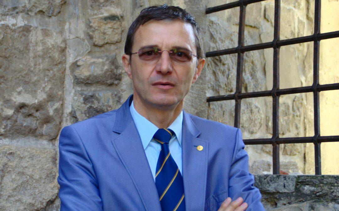 """""""Dacă nu mai suntem români, nu vom fi nimic decât frunze în bătaia vântului"""""""