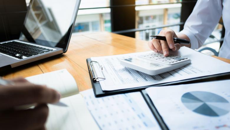 Una din patru companii a cerut păsuire la credite