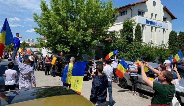 Un nou protest împotriva mafiei lemnului