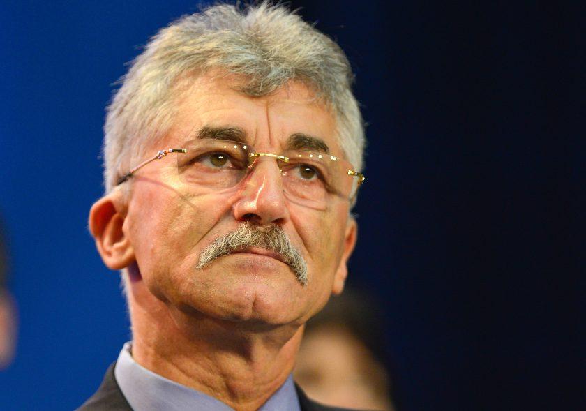 """""""A distrus organizat tot ce era valoros în România"""""""