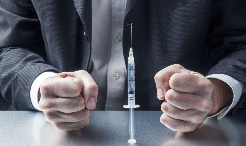 Dascălii refuză în masă vaccinarea