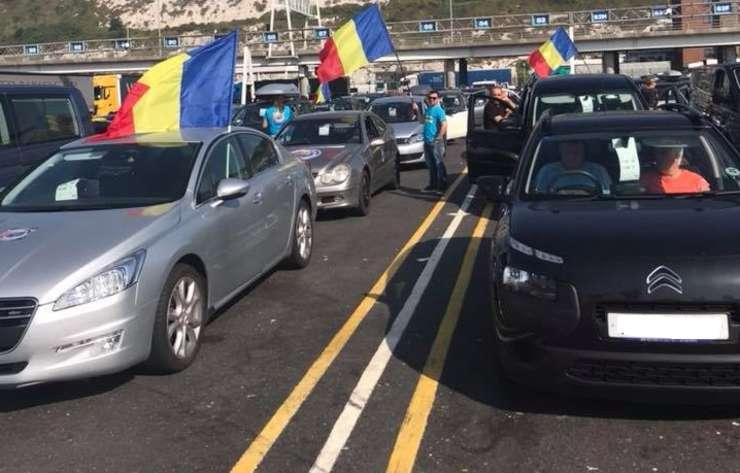 Peste un milion de români s-au întors acasă
